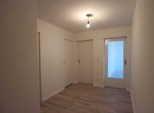 Frisch modernisierte 2-Zimmer-Wohnung mit 2 Balkonen mitten in Schöneberg!