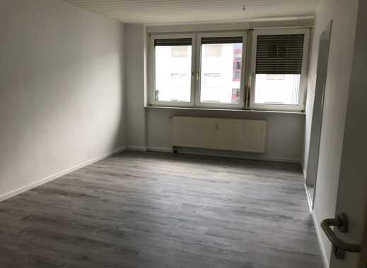 Ansprechende, vollständig renovierte 2-Zimmer-Wohnung in Mannheim - Rheinau