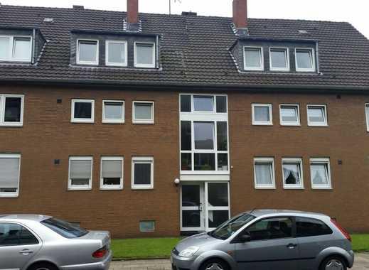 Sehr gut aufgeteilte, frisch renovierte helle 4,5 Zimmer DG-Wohnung in Oberhausen, Schmachtendorf