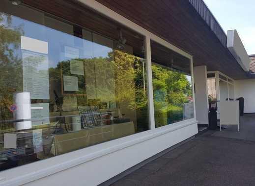 Renditeobjekt mit 2 Ladenlokalen, Aufstockung mit Wohnungen möglich