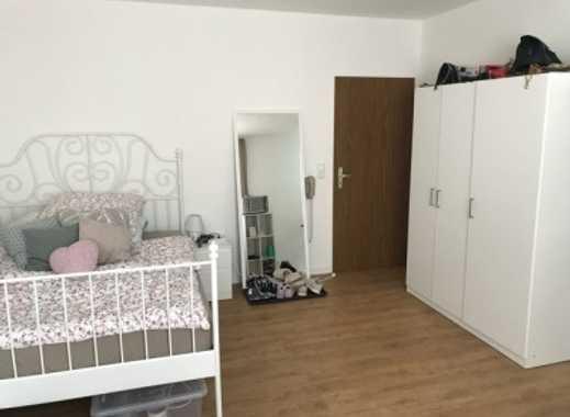 Neu renovierte 1-Zimmer-EG-Wohnung für Studentinnen