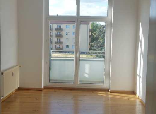 Helle 3-Raum Wohnung WG-geeignet
