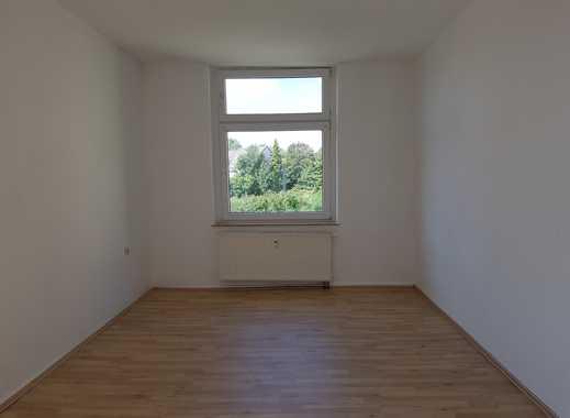 Schöne, große 2,5 Raum Wohnung in Rotthausen! Neuer Laminatboden!