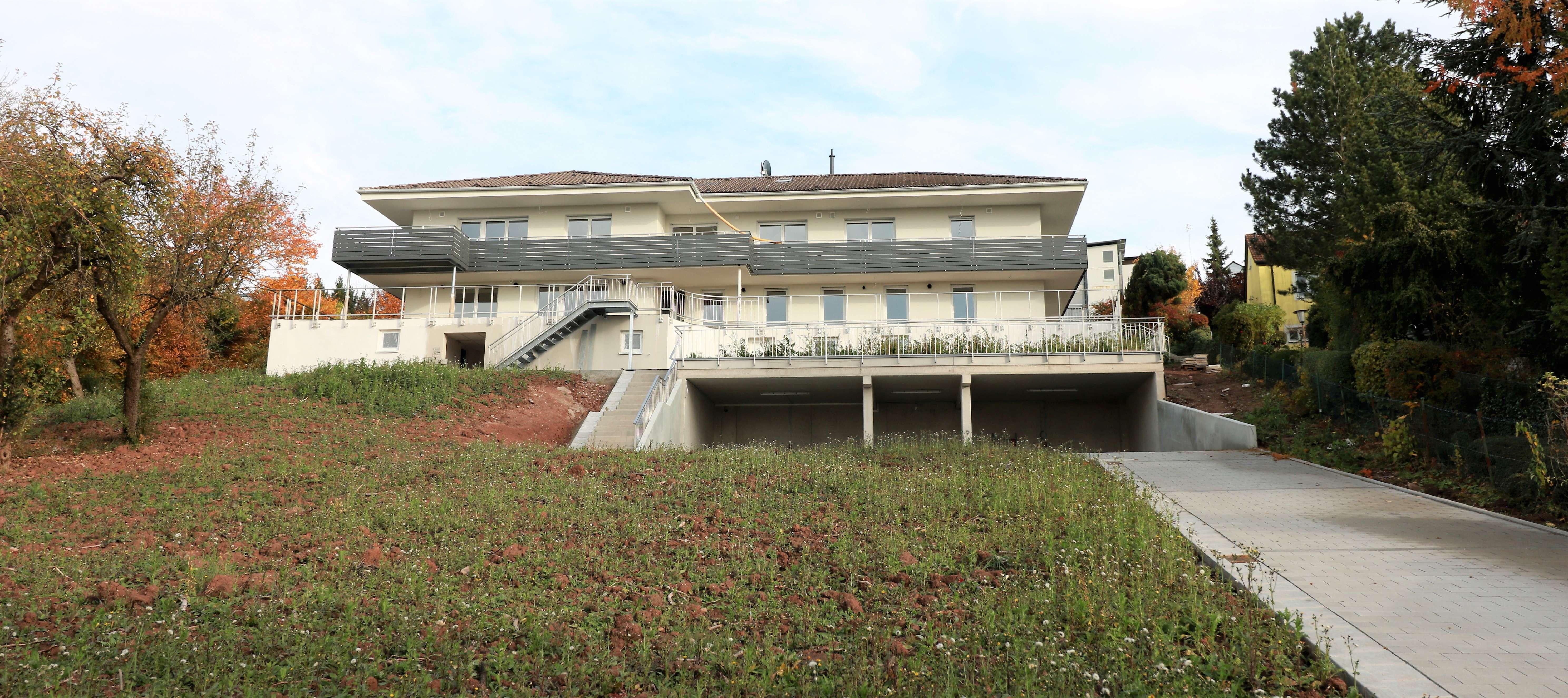 Zu vermieten: Moderne 3- Zi. Wohnung, Tageslichtbad, große Panoramaterrasse, Erstbezug in Eyb (Ansbach)