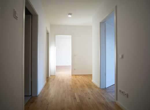 Einziehen und genießen! 2-Zimmer-Wohnung auf ca. 70 m² mitten in der Stadt!