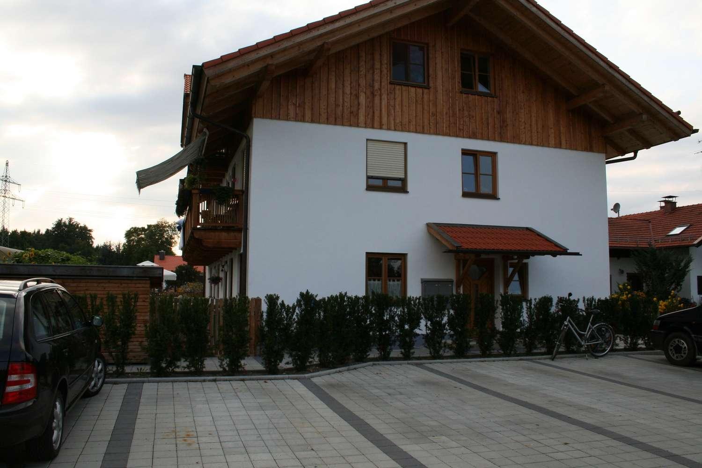4-Zimmerwohnung, Erster Stock in Straßlach-Dingharting