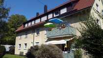 RESERVIERT gepflegte 2-Zimmer-DG-Wohnung mit EBK