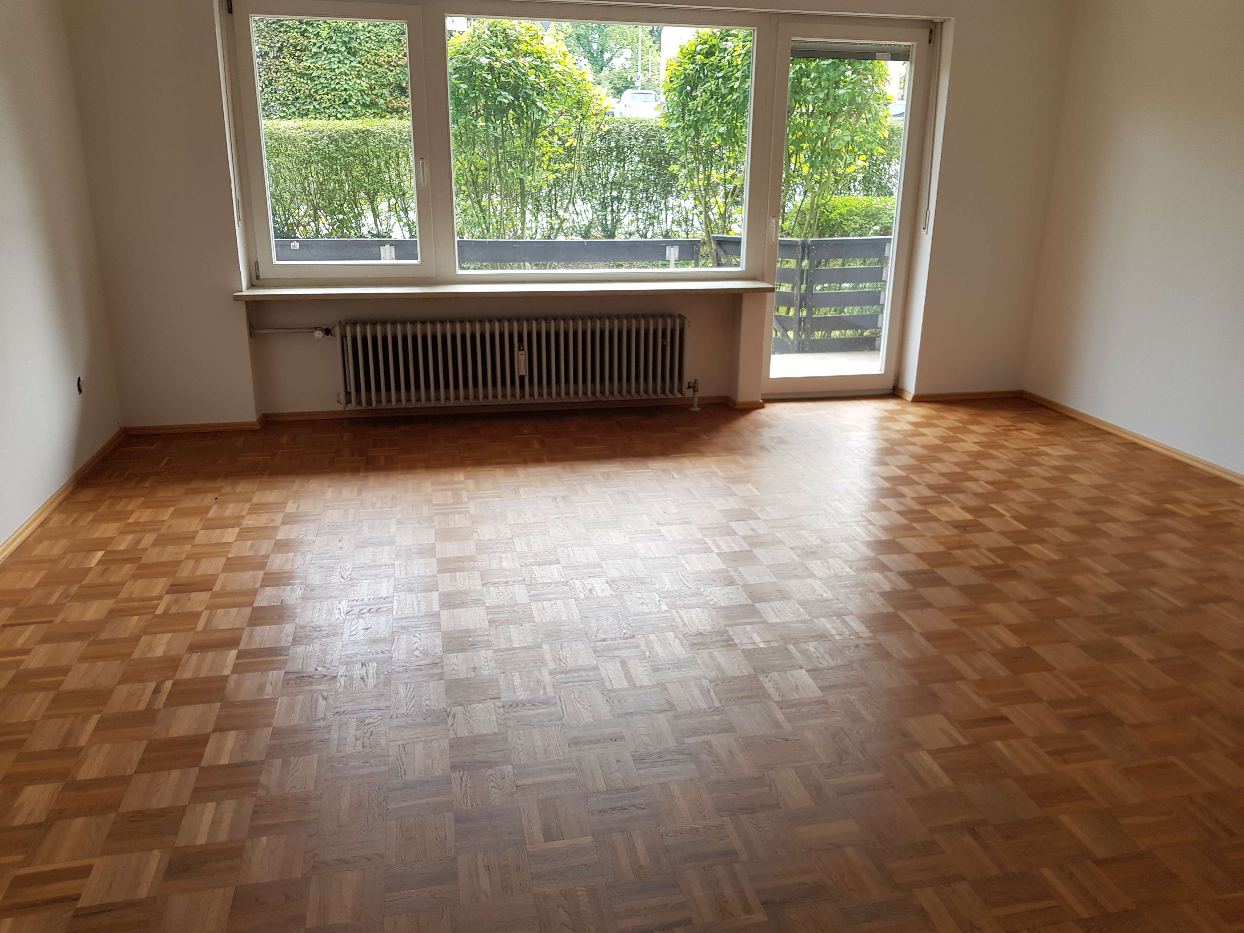 TOP Lage Neuwertige 4-Zimmer-Wohnung mit Balkon und Einbauküche  in Haidenhof Süd (Passau)