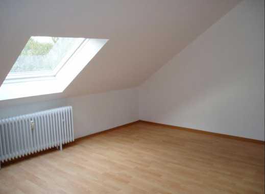 Attraktive, gepflegte 3-Zimmer-Dachgeschosswohnung zur Miete in Dortmund