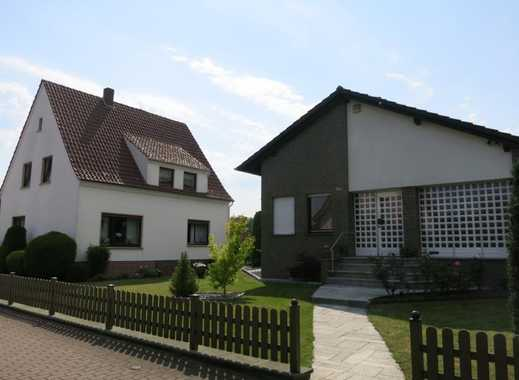 2 Einfamilienhäuser mit 3 Garagen und Gartenhaus in gesuchter Wohnlage von Vlotho (Uffeln)