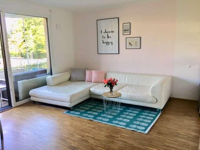 befristet 19.12-31.01.20 Stilvolle 2-Zimmer-Wohnung mit Balkon und Einbauküche in Schwabing, München in Schwabing (München)