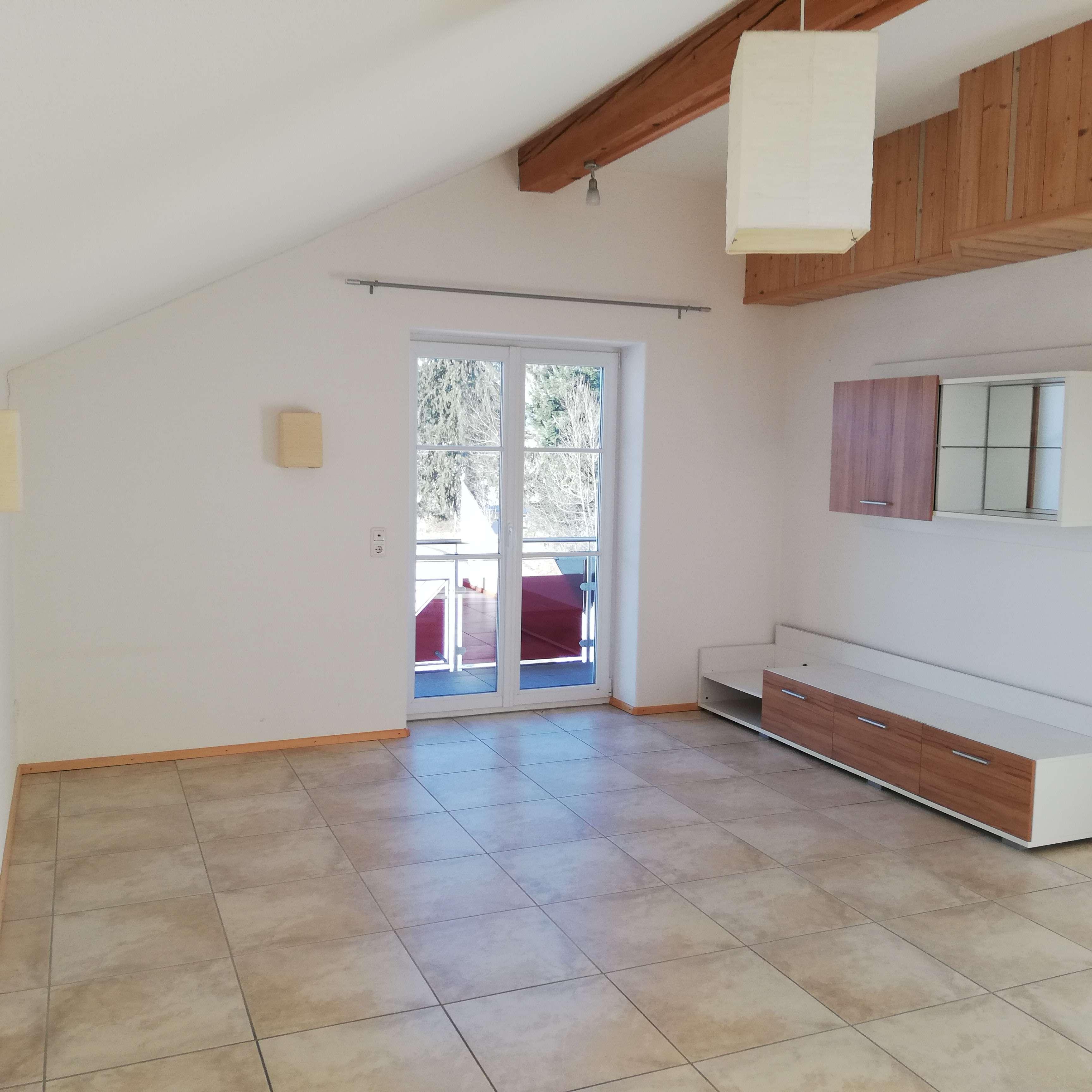 Gepflegte 3,5-Zimmer-Maisonette-Wohnung mit Balkon und EBK in Weitnau in Weitnau