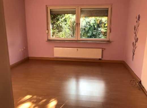 Ruhige und gepflegte 3-Raum-Wohnung   zentral in Duisburg-Meiderich