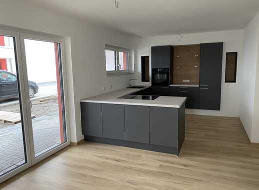 Erstbezug - Neubau von privat, 3 Zimmer, Einbauküche, Terrasse