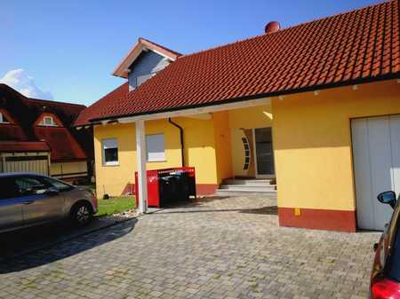 Helle Moderne 4 Zimmerwhg. mit 3 Schlafräumen in Großwallstadt, mit Balkon in ruhiger Ortsrandlage. in Großwallstadt
