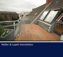 Top-möblierte Dachgeschosswohnung