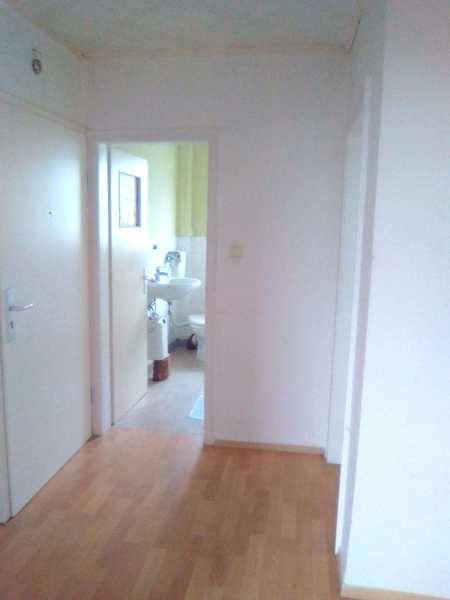Helle 2-Zimmer-Wohnung | 65 m² | mit Balkon | WBS erforderlich !! | JETZT oder NIE in Rödental