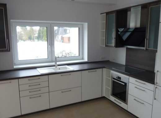 Sanierte 2,5-Zimmer-Erdgeschosswohnung mit 2 Terrassen und EBK in Ganderkesee