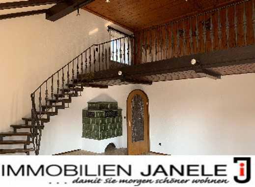 Fast wie ein Haus! 4 ½ Zi. Wohung mit Galerie, Carport und eigenem Eingang
