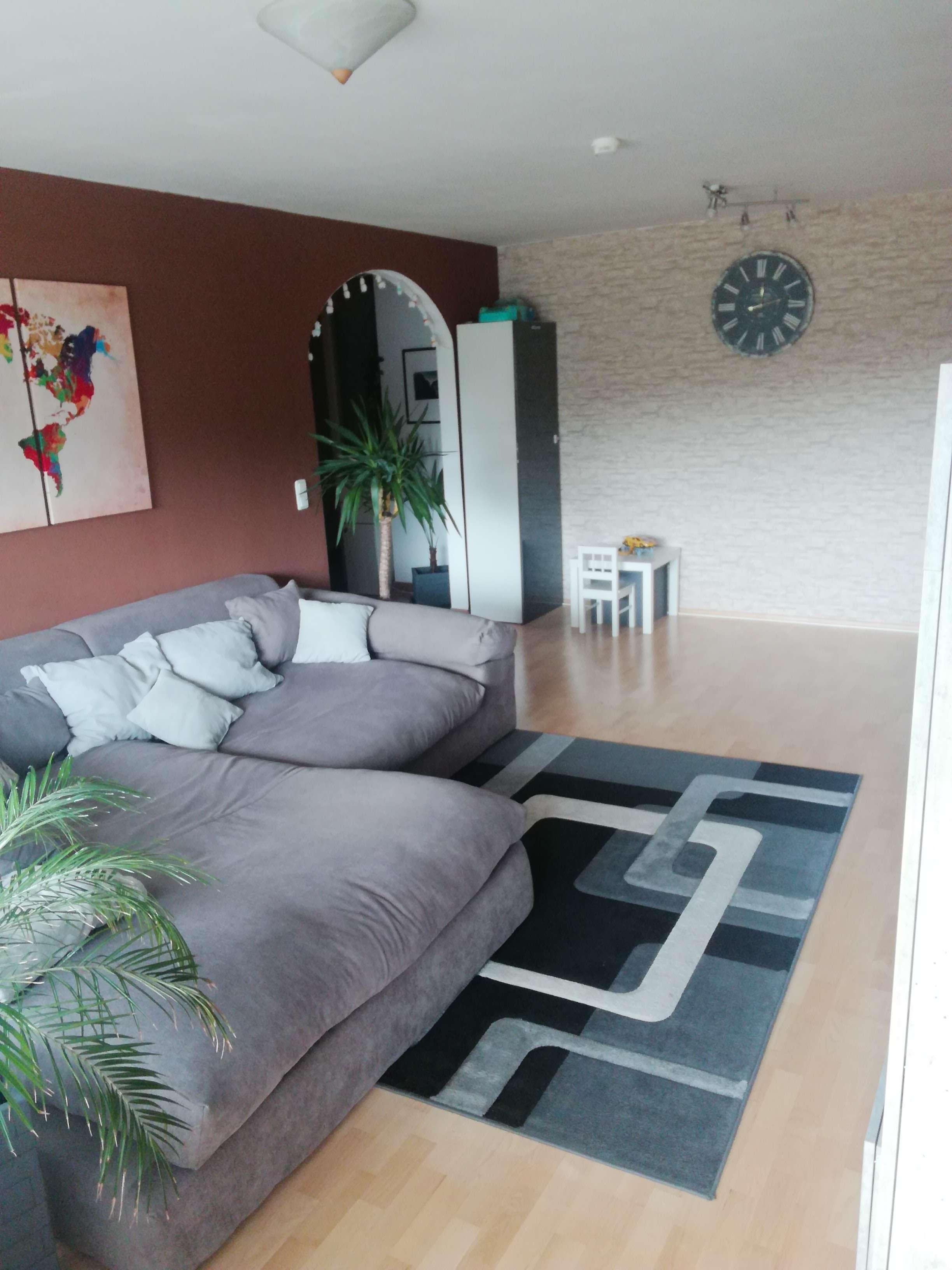 Katzwang, helle 3-ZW, ca. 80 qm, Parkett, Einbauküche, Balkon, Garage