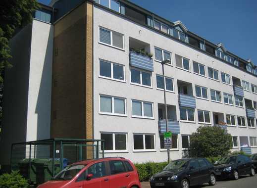 Geräumige 5-Zimmer Wohnung mit Balkon in Döhren