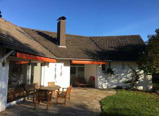 Isernhagen: Exzellentes Wohnhaus in exklusiver Top Lage mit wunderbarem Garten & 2 Doppelgarage !