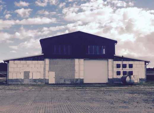 Größere Hallenlagerflächen im Gewerbegebiet von Bützow