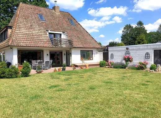 Direkt in Hagen: Großes Einfamilienhaus mit Doppelgarage, Teilkeller und großem Garten