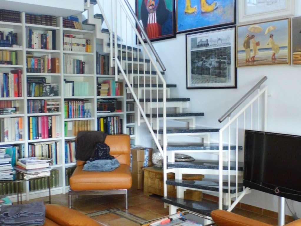 Wohnbereich mit Galerietreppe