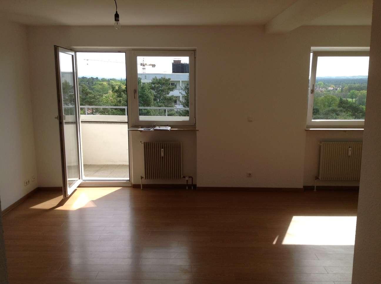 Helle 1,5-Zimmer-Wohnung mit Balkon und EBK in Spardorf in Spardorf
