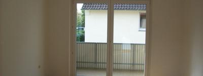Günstige, vollständig renovierte 3-Zimmer-Wohnung mit Balkon in Minden