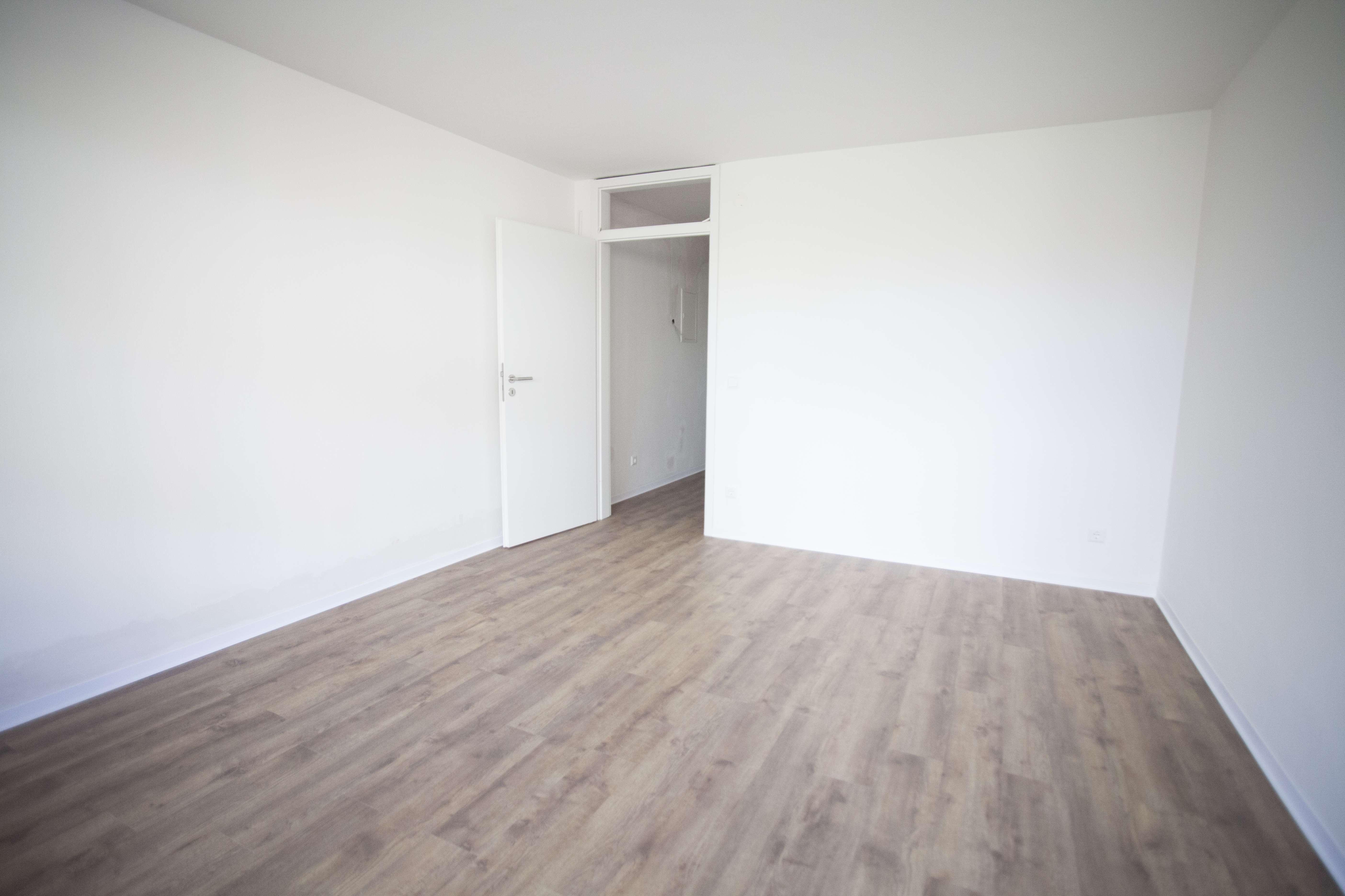 Schönes, helles 1-Zimmerapartment zentraler, ruhiger Lage direkt am Cramer-Klett-Park in Wöhrd