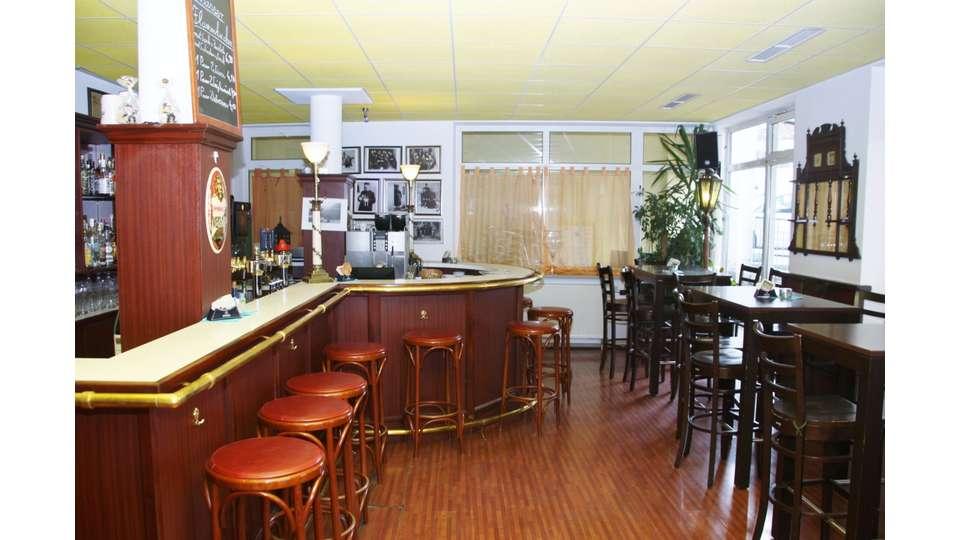 Gastraum Bar