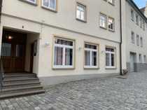 Gewerbeimmobilie für Einzelhandel Praxis Büro