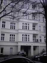 Bild Biete Zimmer in Altbau-WG