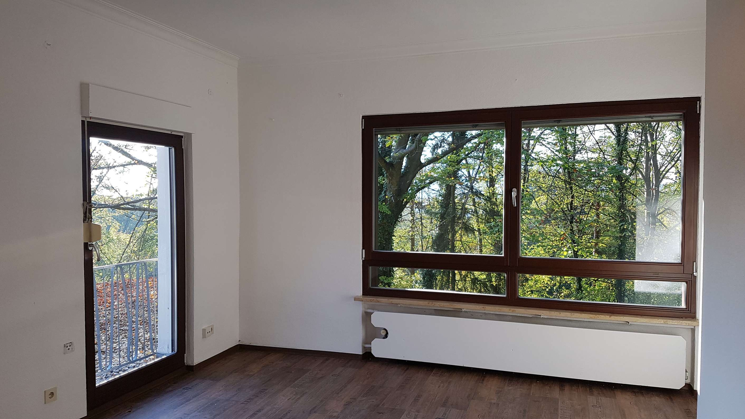 Möblierte 1-Zimmer-Wohnung mit Gartennutzung und Pkw-Stellplatz bei Neumarkt