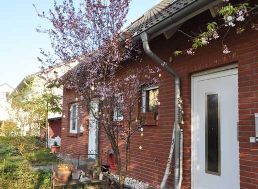 Doppelhaushälfte im Grünen * Garten * Ruhe & Entspannung * auf Zeit *