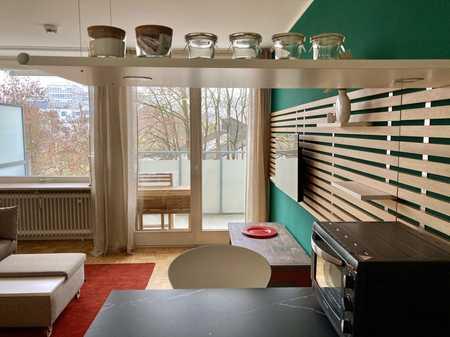 Möbliertes Apartment mit sonnigem Westbalkon in Bogenhausen in Bogenhausen (München)