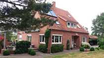 Glinstedt solides Ein-Zweifamilienhaus in absoluter