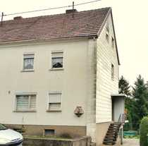 2-Familienhaus mit offener Doppelgarage Terrassen