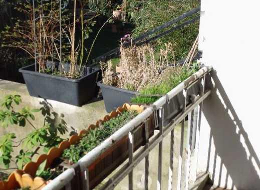 BIK: NÄHE KOTHENER WALD! Charmante 3-Zimmer–Wohnung mit Balkon!