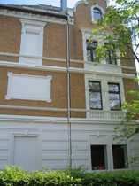 von privat 4-Zimmer-Wohnung mit großer