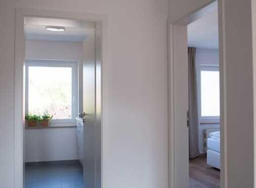 Schöne, Geräumige Zwei Zimmer Wohnung In Nürnberg, Eberhardshof