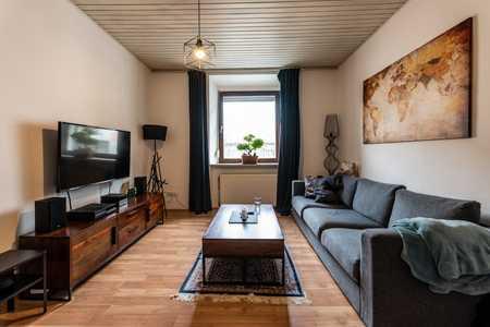 Modernisierte 3-Raum-Wohnung mit Balkon und Einbauküche in Fürth in Südstadt (Fürth)