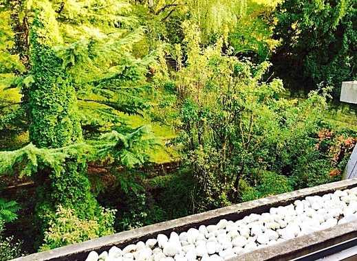 Halbhöhenlage / Große möblierte 1 Zimmer Wohnung mit Balkon und Blick ins Grüne