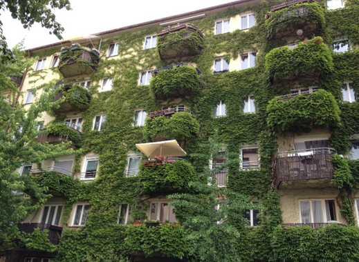 Traumhafte 1,5 Zimmer ** Balkon ** Dielenböden ** Naturstein ** Zentralheizung