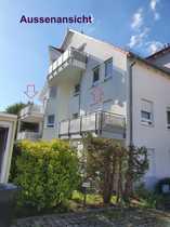 Vollständig renovierte 3-Zimmer-Dachgeschosswohnung mit Balkon