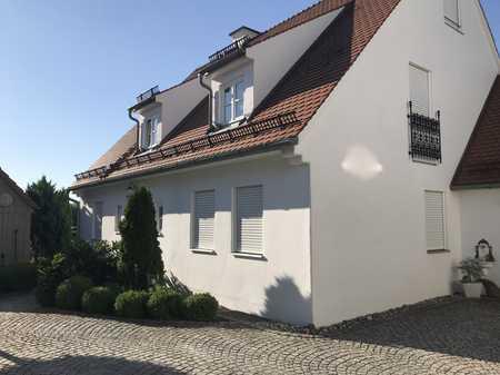 Exklusive 3,5 Zimmer-Erdgeschosswohnung mit Terrasse in Hilgertshausen zu vermieten! in Hilgertshausen-Tandern