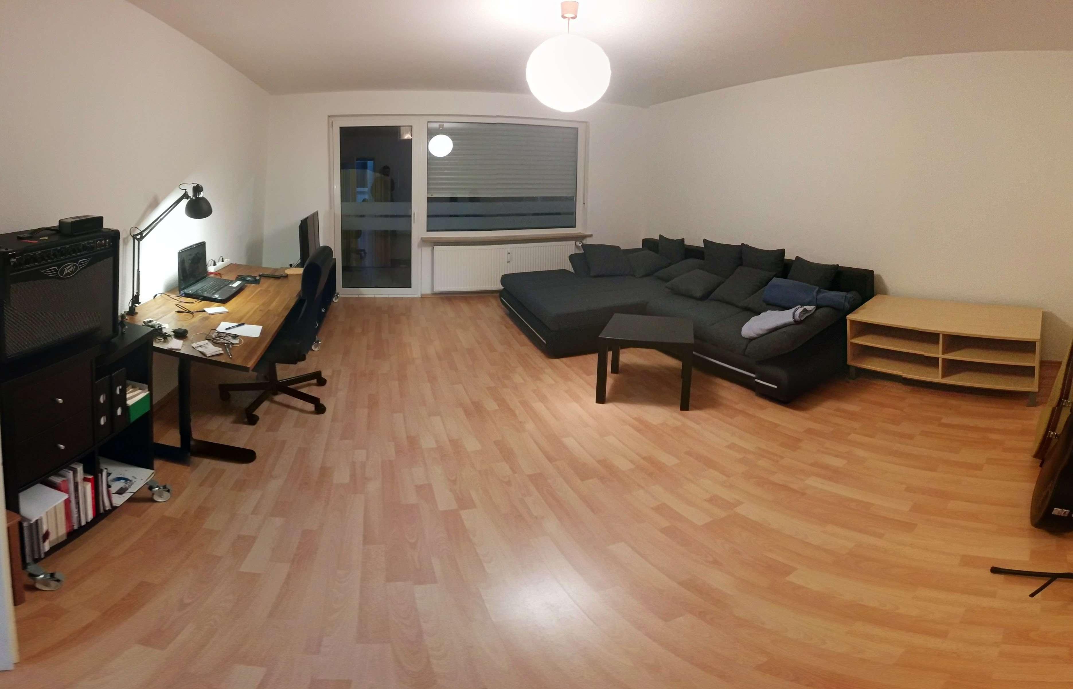 Zentrale und ruhige Lage, 2-Zimmer-Wohnung mit Balkon und Einbauküche