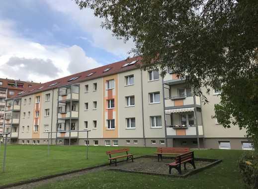 Gemütliche 2-Zimmer-Wohnung unterm Dach mit EBK